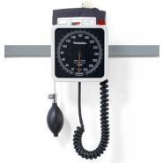 Blodtrycksmätare TriCUFF® med Welch Allyn 767 rälsmanometer och korg